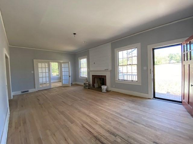 Living room featured at 18932 Atomic Rd, Jackson, SC 29831