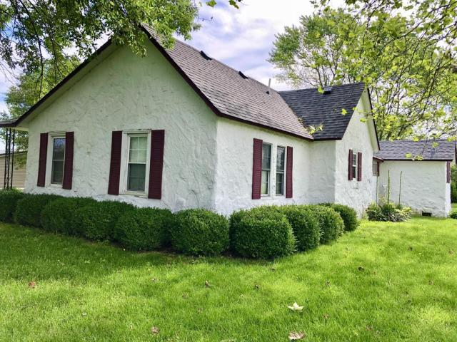 Farm land featured at 703 Commercial St, Purdy, MO 65734