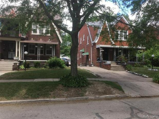 Road view featured at 3010 Fullerton St, Detroit, MI 48238