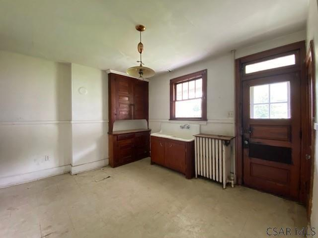 Kitchen featured at 700-702 Cypress Ave, Johnstown, PA 15902