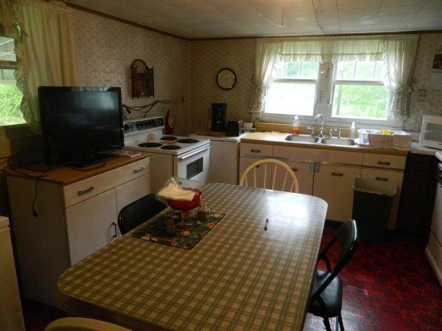 Kitchen featured at 1606 Old Vandyke Hollow Rd, Grundy, VA 24614