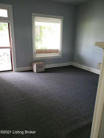 Bedroom featured at 2921 Dumesnil St, Louisville, KY 40211