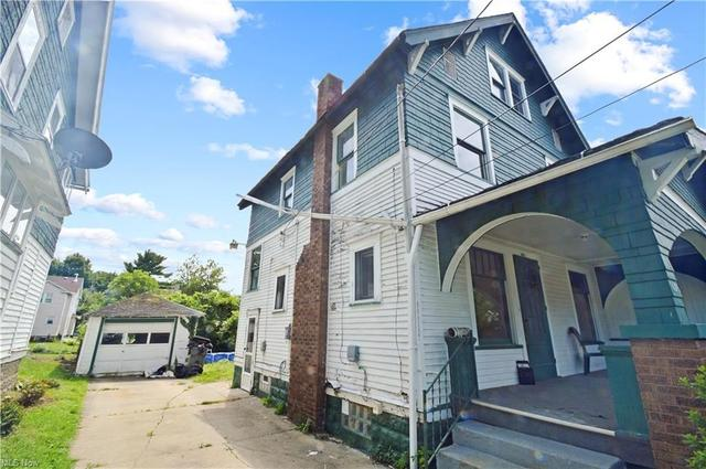 Property featured at 605 W Warren Ave, Youngstown, OH 44511