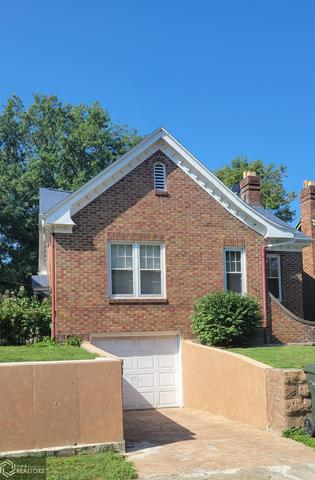 House view featured at 206 Concert St, Keokuk, IA 52632
