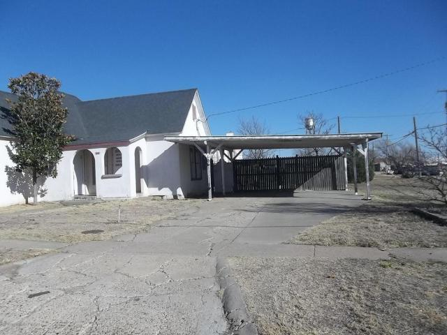 Save This Old House Old Fixer Upper W Possible Seller Financing In Happy Tx 19k Off Market Old Houses Under 50k