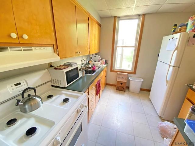Laundry room featured at 764-766 Cypress Ave, Johnstown, PA 15902