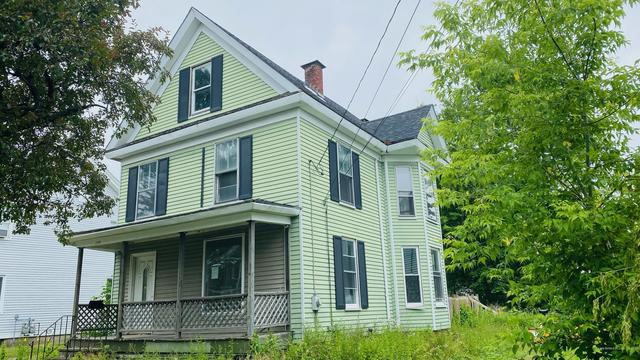 House view featured at 299 Essex St, Bangor, ME 04401