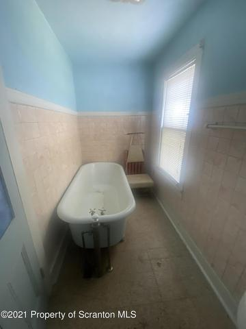 Bathroom featured at 412 Delaware Ave, Olyphant, PA 18447