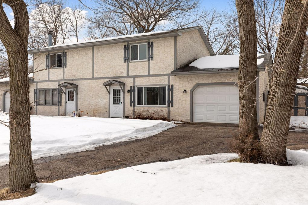 10974 robinson dr nw coon rapids mn