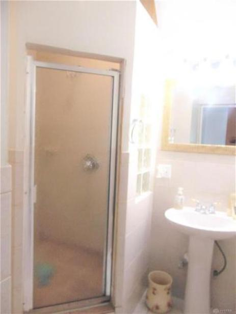Bathroom featured at 1284 Dietzen Ave, Dayton, OH 45417