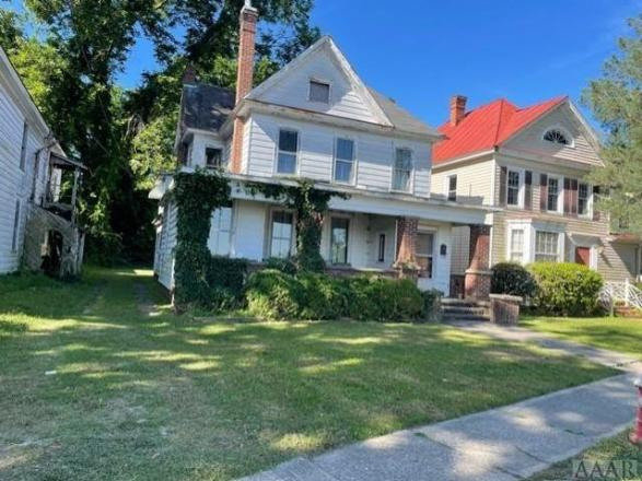 House view featured at 737 Riverside Ave, Elizabeth City, NC 27909