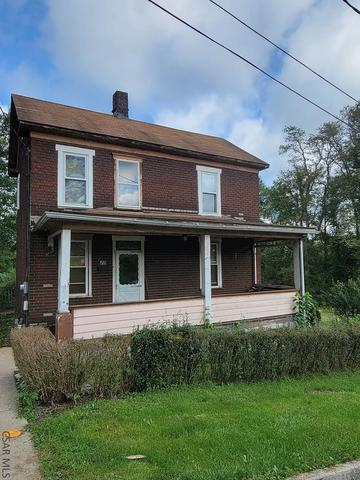Porch featured at 413 Prosser St, Johnstown, PA 15901