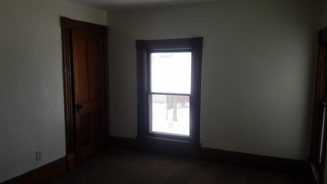 Bedroom featured at 252 Denver St, Waterloo, IA 50701