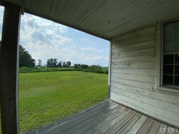 Porch featured at 675 Arnold Loop Rd, Roper, NC 27970