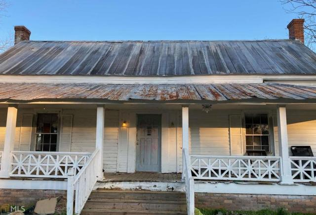 Porch featured at 3352 Reedy Springs Church Rd, Cadwell, GA 31009