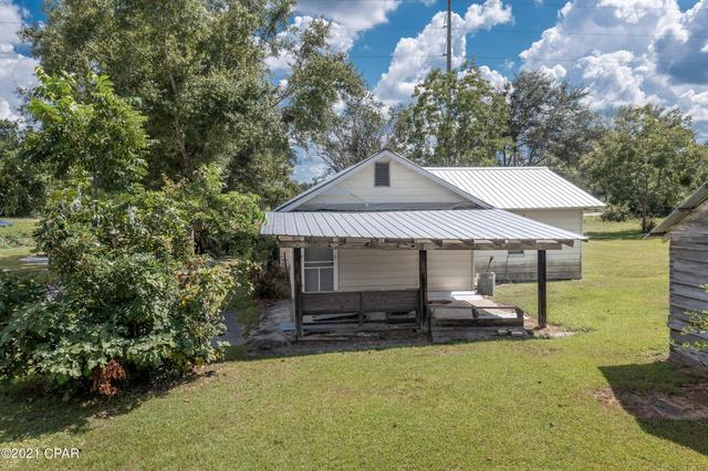 House view featured at 660 Corbin Rd, Chipley, FL 32428
