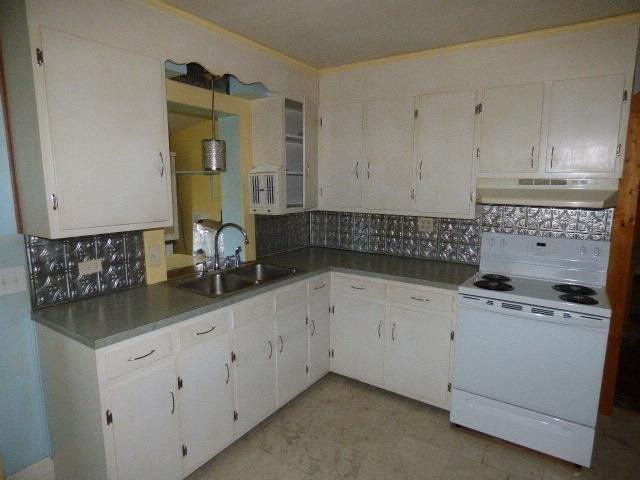 Kitchen featured at 8118 James D Hagood Hwy, Scottsburg, VA 24589