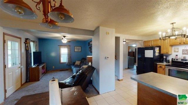 Property featured at 115 E Linn St, Cherokee, IA 51012