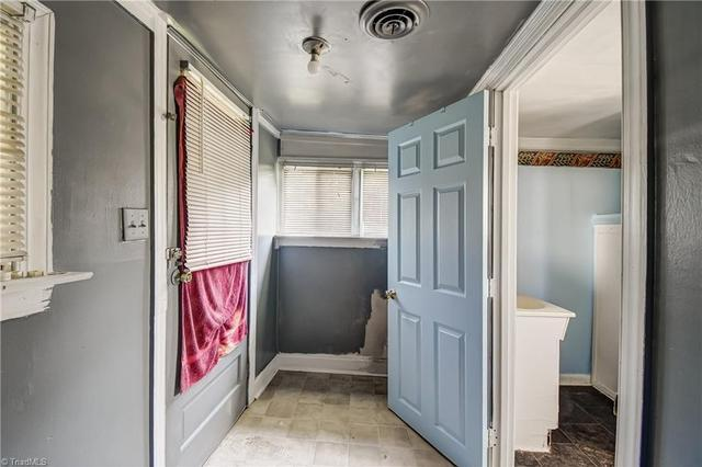Laundry room featured at 193 Josephine Rd, Eden, NC 27288