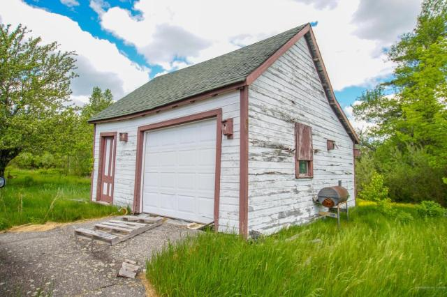 Garage featured at 4315 Airline Rd, Wesley, ME 04686