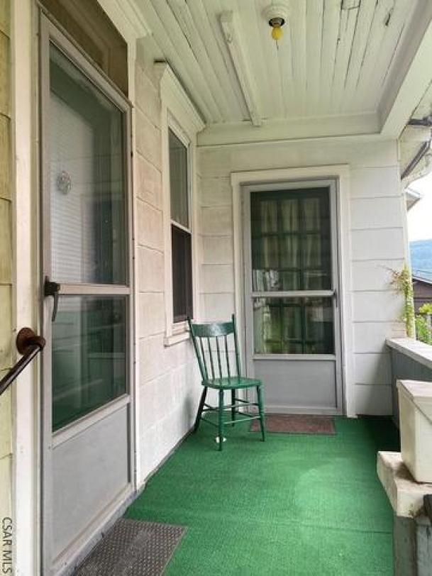 Porch featured at 117 Trojan Ln, Johnstown, PA 15906