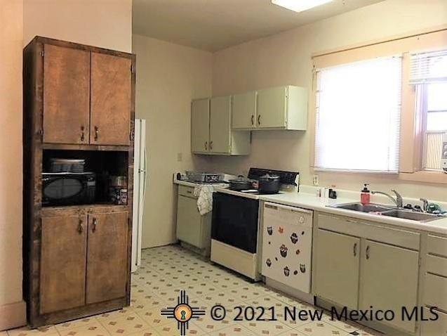 Property featured at 531 Moulton Ave, Raton, NM 87740