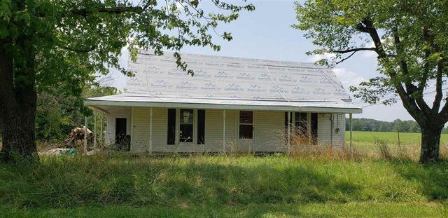 Farm land featured at 641 Mill St, Hollow Rock, TN 38342