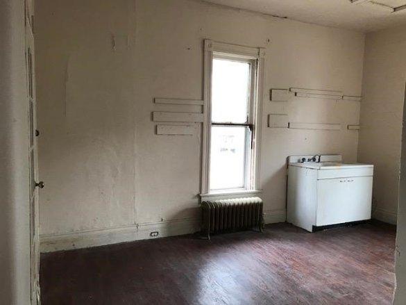 Property featured at 400 N Walnut St, Bay City, MI 48706