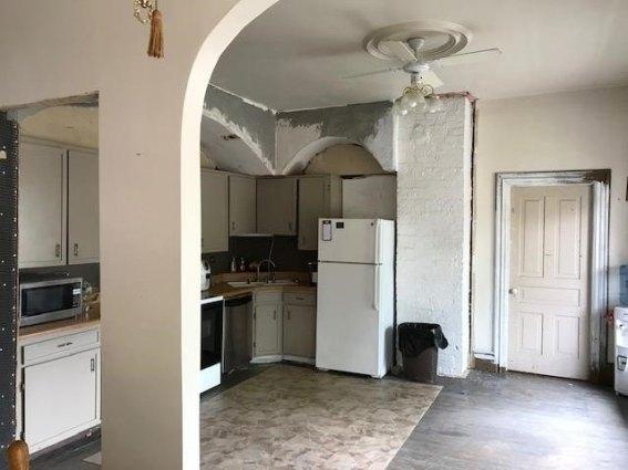 Kitchen featured at 400 N Walnut St, Bay City, MI 48706