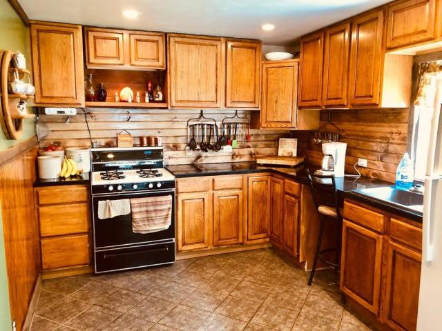 Kitchen featured at 1322 21st St, Belleville, KS 66935