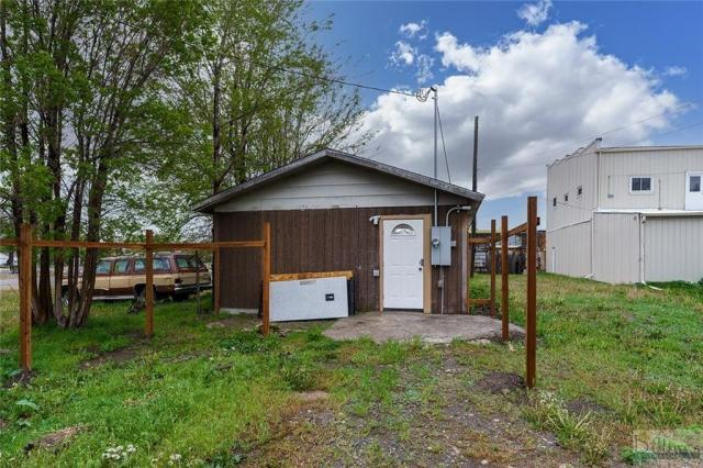 Farm land featured at 105 W River St, Fromberg, MT 59029