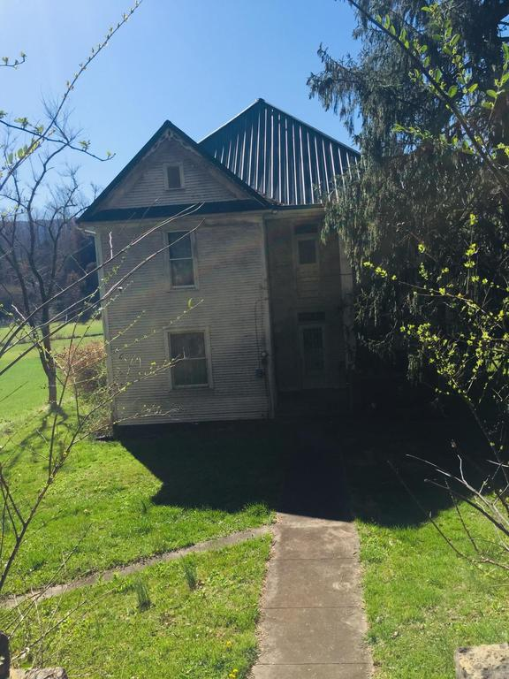 House view featured at 4336 East Stone Gap Rd, Big Stone Gap, VA 24219