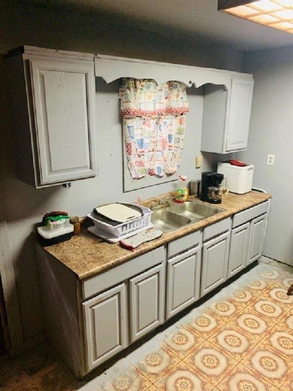 Laundry room featured at 348 Bohannon, Hemphill, TX 75948
