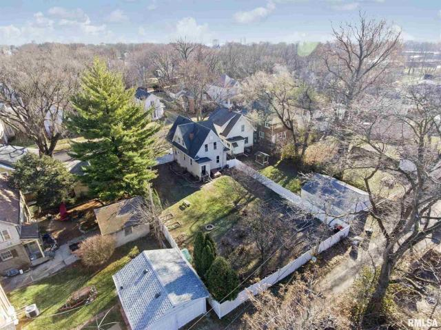 Farm land featured at 1219 N Garfield Ave, Peoria, IL 61606