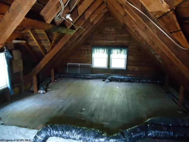 Pool featured at 23 Union St, Huttonsville, WV 26273