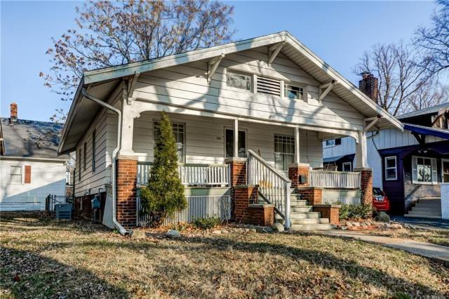 House view featured at 214 Taylor Ave, Decatur, IL 62522