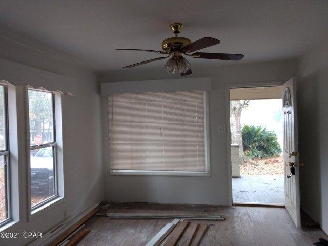 Bedroom featured at 603 W Kansas Ave, Bonifay, FL 32425