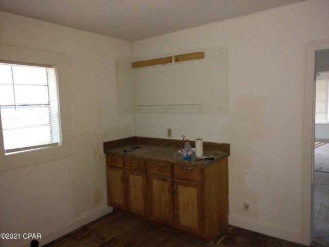 Bathroom featured at 603 W Kansas Ave, Bonifay, FL 32425
