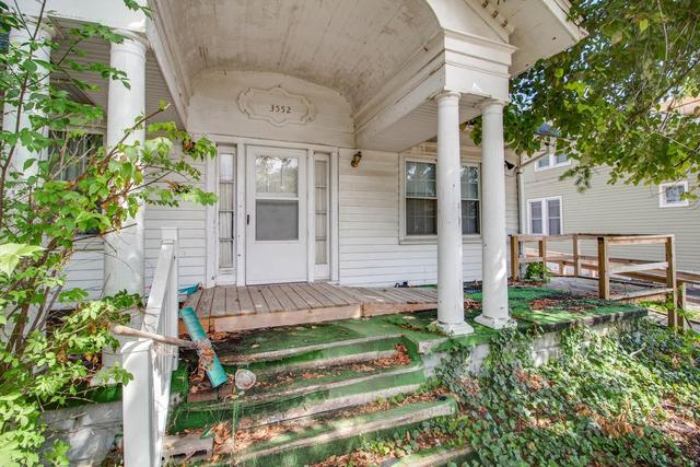 Porch featured at 3552 Aberdeen Ave, Alton, IL 62002