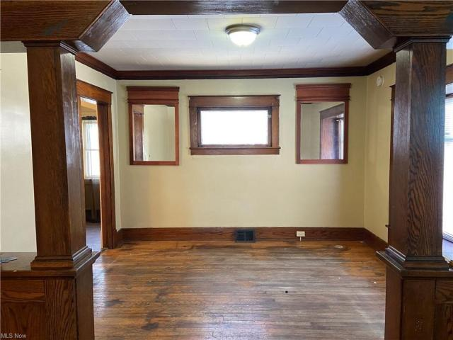 Property featured at 1000 Hollywood St NE, Warren, OH 44483