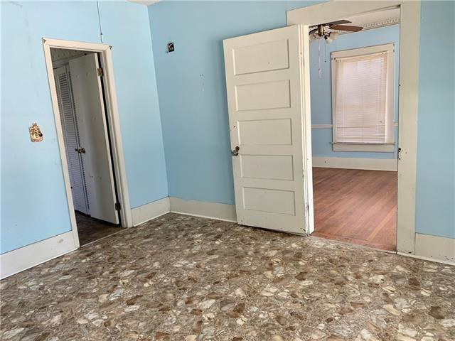 Laundry room featured at 605 Huron Ave, Bogalusa, LA 70427