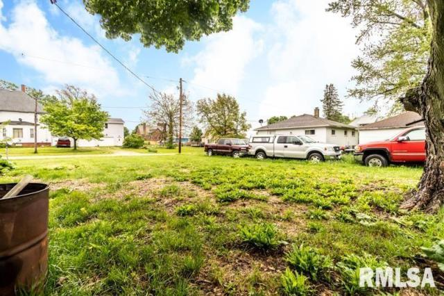 Farm land featured at 1197 Clark St, Lowpoint, IL 61545