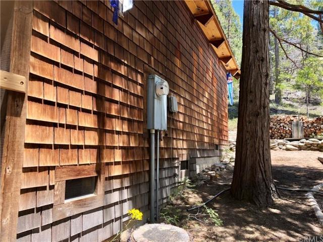 House view featured at 41271 Chinquapin Rd, North Fork, CA 93643
