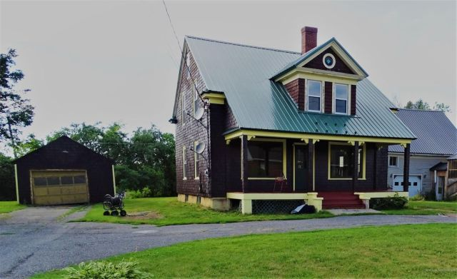 16 Fisher St, Fort Fairfield, ME 04742