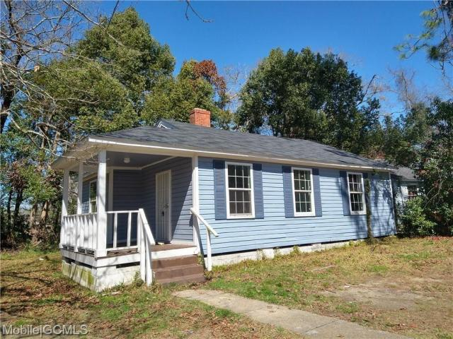 House view featured at 2114 Bucker Pl, Mobile, AL 36605