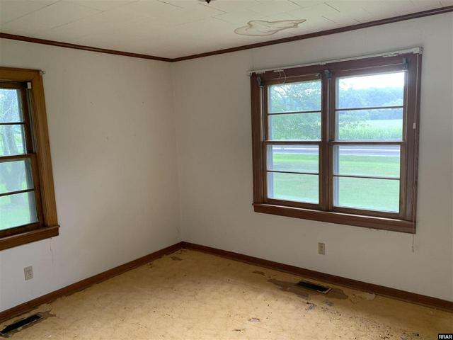 Bedroom featured at 8284 Highway 89, Palmersville, TN 38241