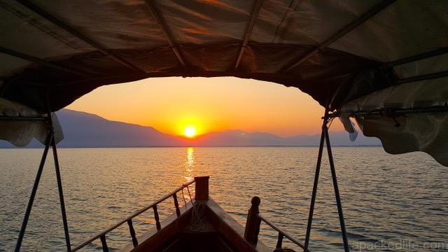 Motorroaming Kerkinedawnboatride,GR Best Boat Trips apackedlife.com