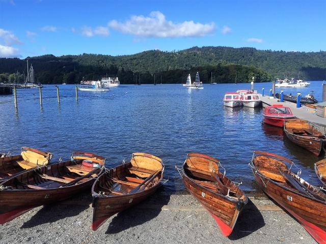 Two Traveling Texans - Lake Windermere - Best Boat Trips - apackedlife.com