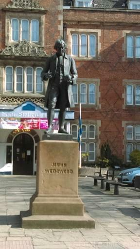 15 Things To Do In A Day In The Staffordshire Potteries - Josiah Wedgwood welcomes visitors outside Stoke-on-Trent railway station