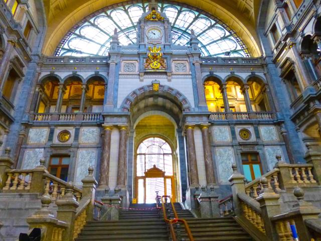 Ultimate Guide To Taking The Train In Belgium - Antwerp Station